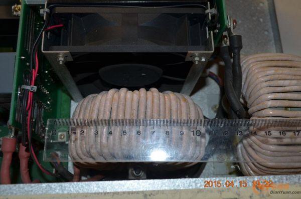 整个铝散热器是怎么做的呢?很好奇!-10KW 电动汽车充电站 充电高清图片
