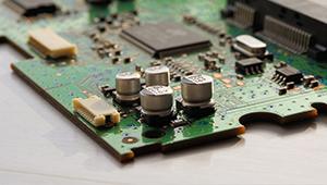 关于SPWM中控制输出电压的大小与频率