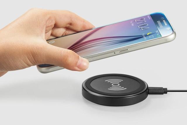 iPhoneX支持无线充电 2018或推出自家无线充电器