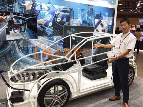 汽车驾驶室型展示机