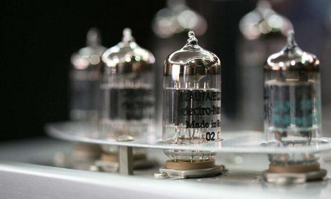 晶体管运算放大器的前世今生