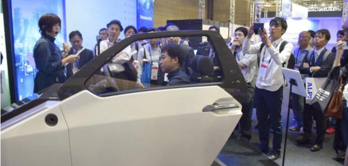 日本CEATEC展上自动驾驶技术受关注 外企纷纷参展