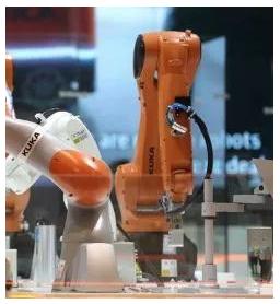 这些工业机器人巨头,都来进博会啦!