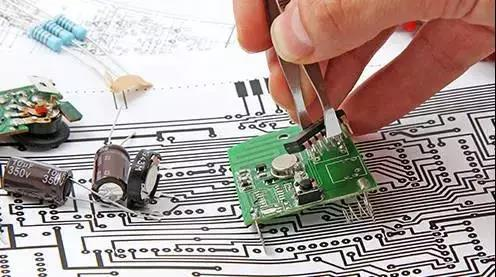 作为硬件工程师的你是否有这样的沉思:转行or坚守?