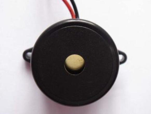 详解基于蜂鸣器的开关三极管使用误区