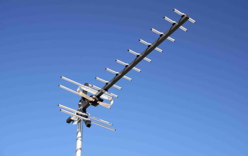 用频谱仪进行塔测测试及卫星信标测试的基本方法