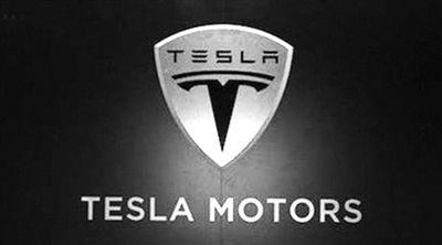 """特斯拉悄悄上线""""全自动驾驶""""功能,谁会为之买单?"""