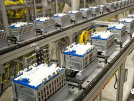通用汽车每天损失超 8000 万美元,其电池工厂筹划情况如何?