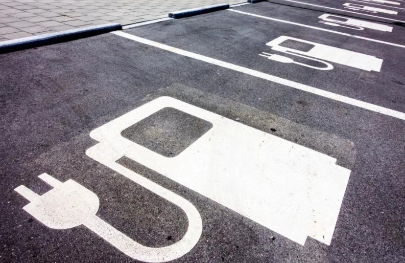 纯电动车三级充电桩与碳化硅器件的渊源