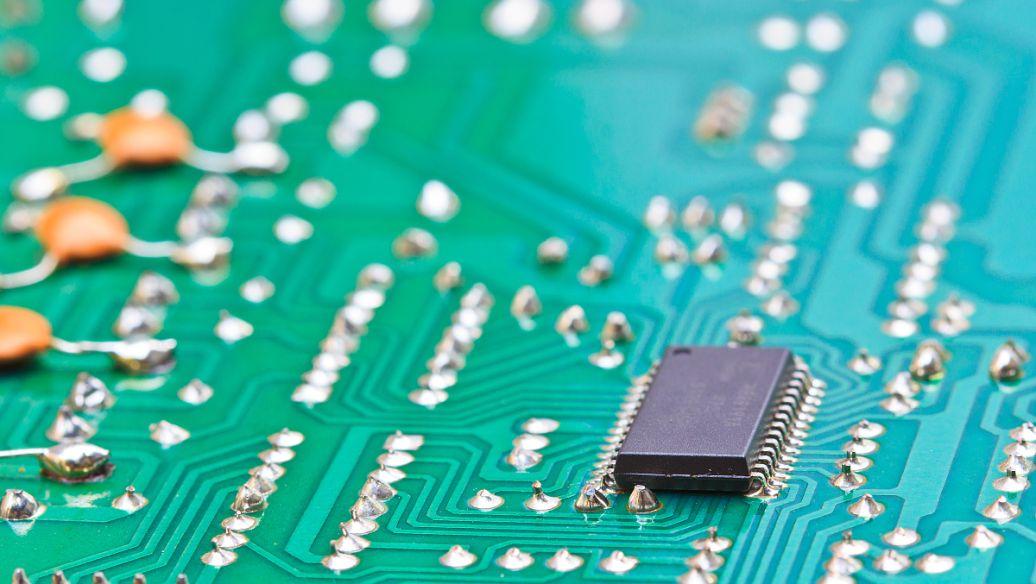 究竟如何用 SiC MOSFET来解决电源方案?