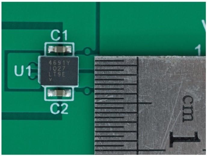 3.6 V输入、双路输出µModule降压稳压器以3 mm × 4 mm小尺寸为每通道提供2 A电流