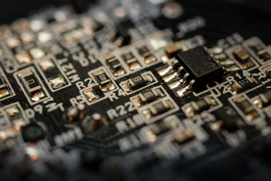 电子行业:本轮半导体景气 有望成为产业跃升周期的开端